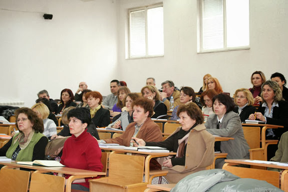 16.03.2010. Obuka iz racunovodstva za Poresku upravu Srbije - img_1127.jpg