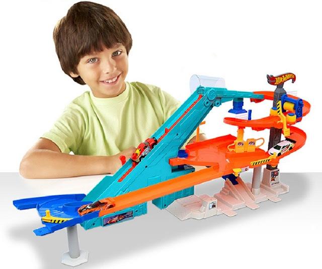 Đồ chơi Mô hình Tháp rửa xe tự động Hot Wheels City Motorized Mega Garage
