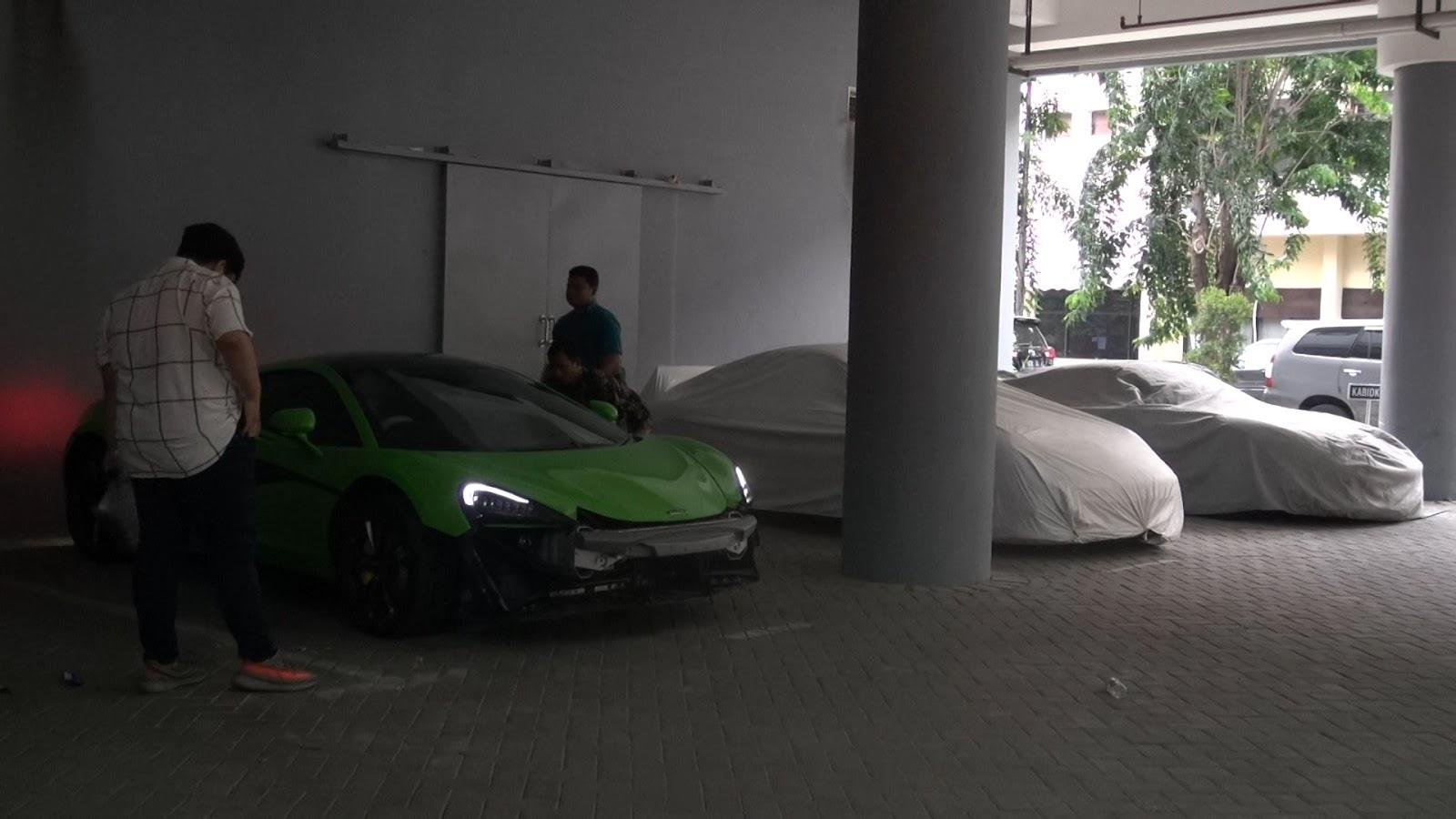 Selain Menunggak Pajak, Mobil Mewah di Indonesia juga Banyak Tanpa Surat Legal