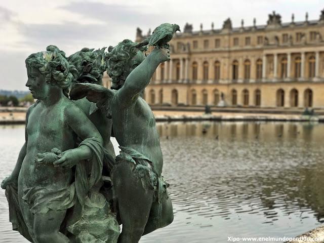 fuente-palacio-versalles-paris.JPG