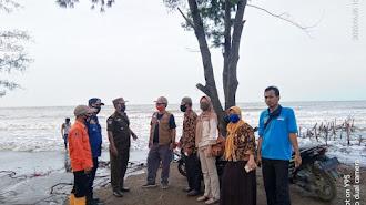 Anda Mau Tahu Seperti Apa Ombak di Obyek Wisata Tanjung Pakisjaya ,Klik Beritanya