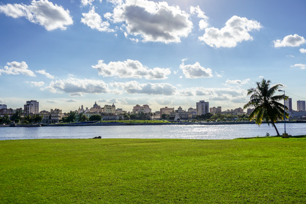 photo 201412-Havana-Malecon-8_zpsod4geo3v.jpg