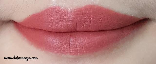 [Review] Face2Face Cosmetics Xoxo Lipstick Matte Hazelnut Latte
