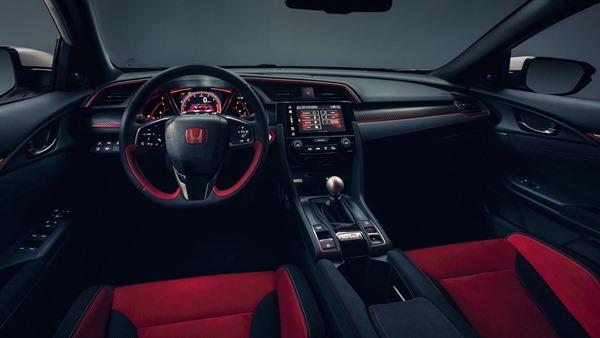 Honda Civic TypeR interior