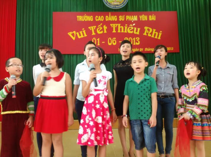 Trường Cao đẳng Sư phạm Yên Bái tổ chức vui tết thiếu nhi cho con em cán bộ, giảng viên, nhân viên