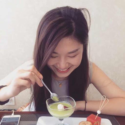 Xin Li Photo 42