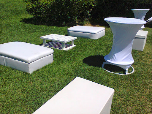 play4u hire couches ottomans cocktail tables stellenbosch western cape