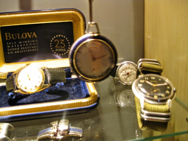 RARE INVICTA POCKET W MARKSMAN BADE + 1946 JAPAN COVER - IMG_8659.JPG