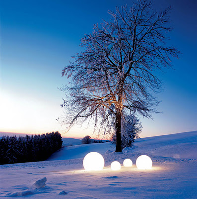 Moonlight Globe Outdoor Light Winter