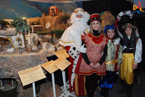 Los Reyes visitan los Belenes