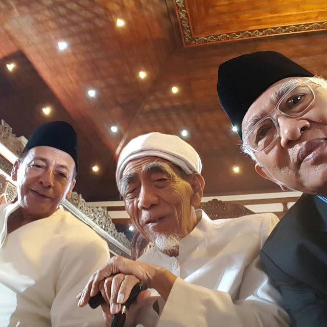 Habib Luthfi: Jika Khilafah Diterapkan, Papua, Kalimantan dan Bali akan pisah dari NKRI.