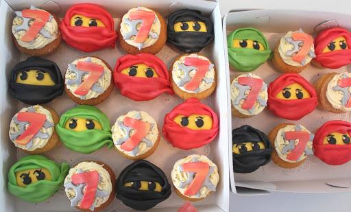862- Ninjago Cupcakes.JPG