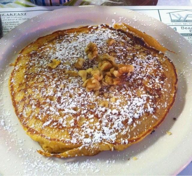 Kürbis Pancake mit Walnüssen