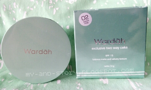 Review Wardah Exclusive Two Way Cake di Kulit Berminyak