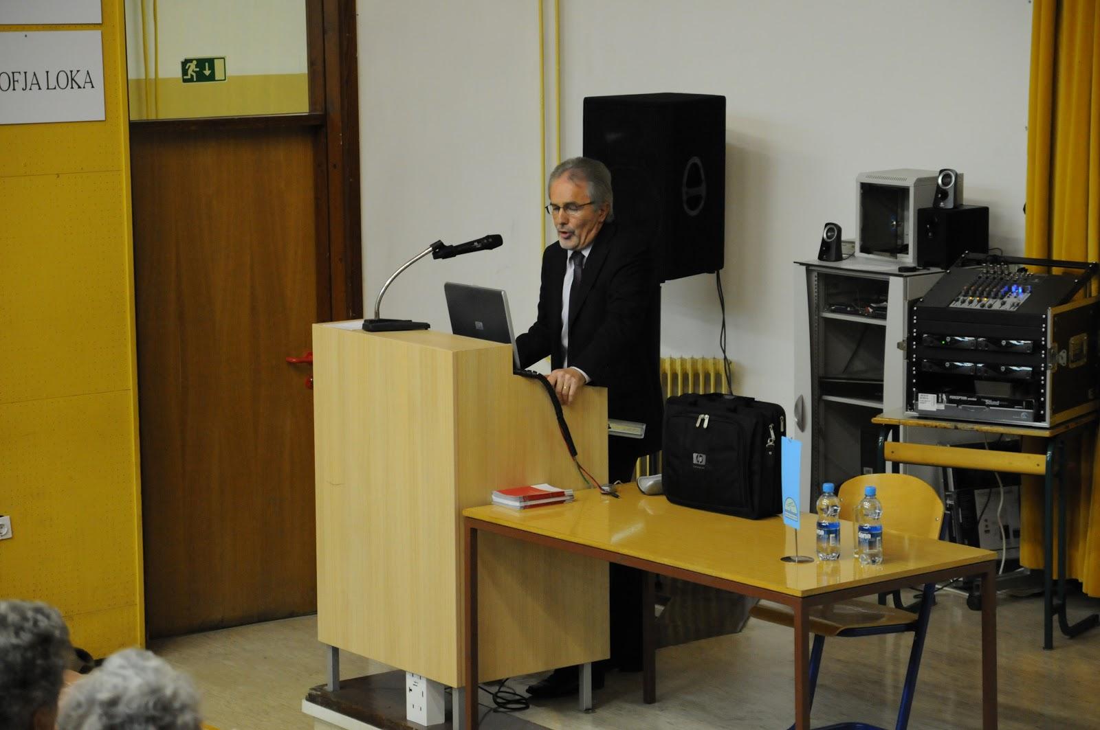 Predavanje, dr. Camlek - oktober 2011 - DSC_3863.JPG