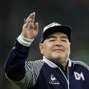 Comoção Mundial: Morre aos 60 anos o jogador Diego Maradona