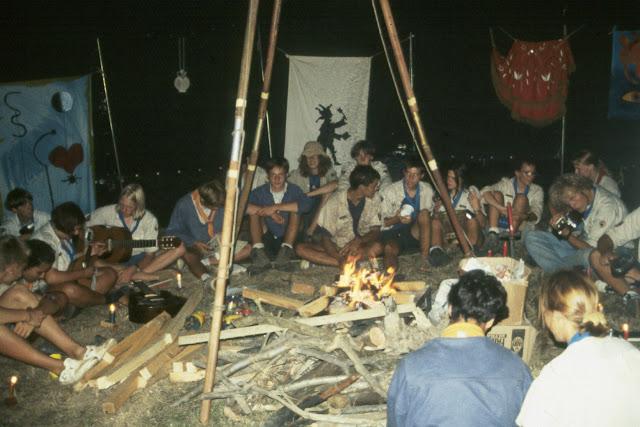 1985-1994 - 663-.jpg