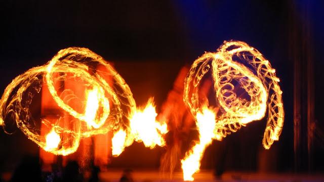 Festiwal Rytmu i Ognia FROG 2011 - www69.JPG