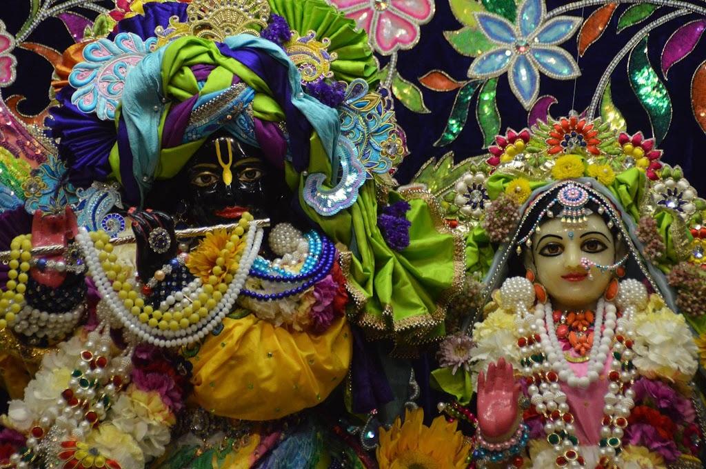 ISKCON Seattle Deity Darshan 25 Sep 2016 (27)