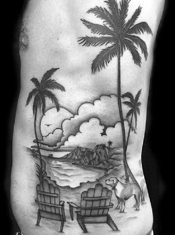 tradicional_de_praia_ao_lado_do_corpo_da_tatuagem