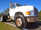 1996 Ford F-800 Semi Truck For Sale