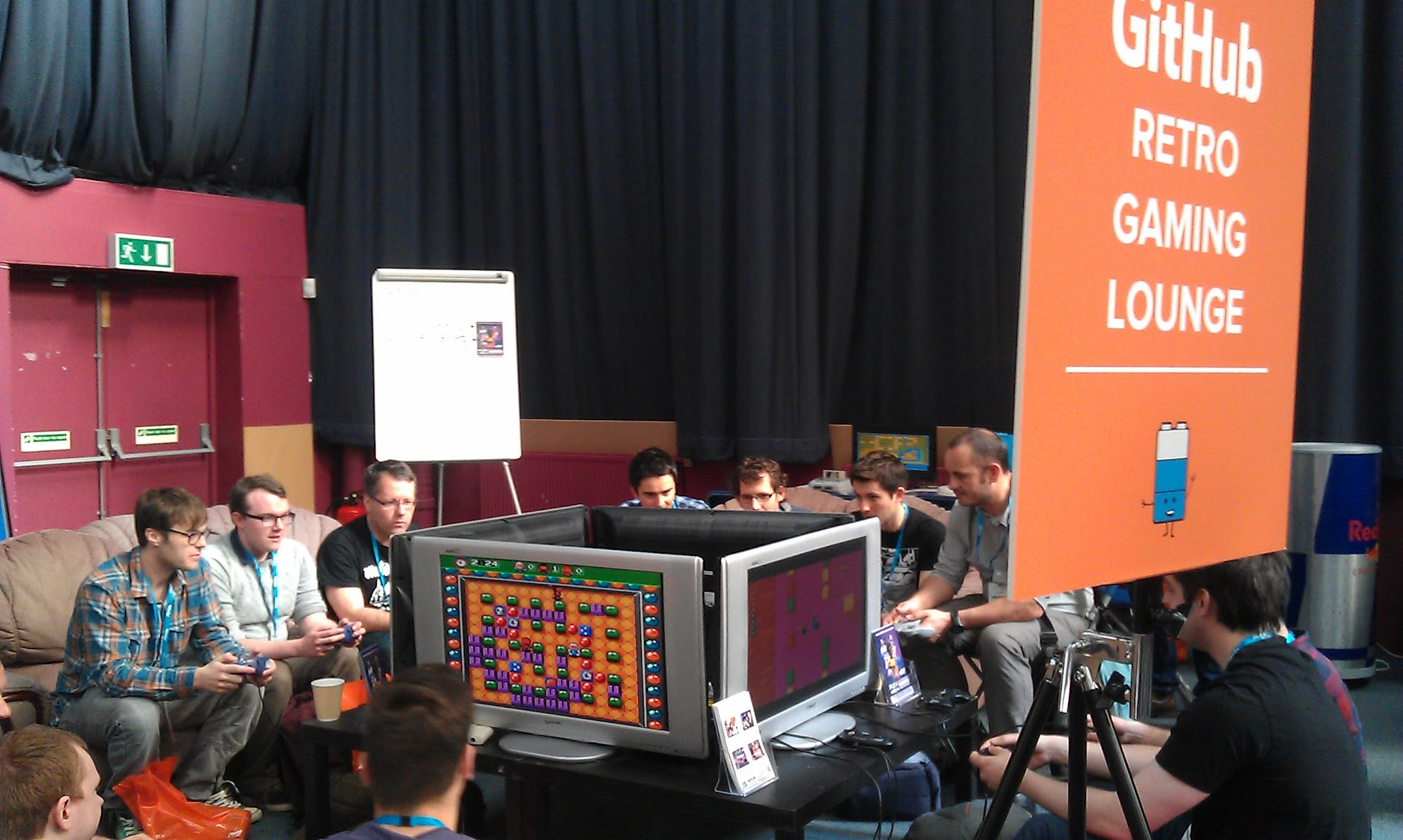 Nerdvana: the Retro Gaming lounge