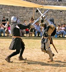 espada sable como escribir una novela de fantasia fantasy fantastica describi ballatas combates guerrero guerra