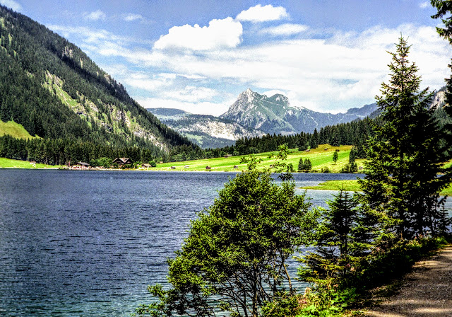 Tannheim Tirol - Vilsalpsee Blick zum Gimpel