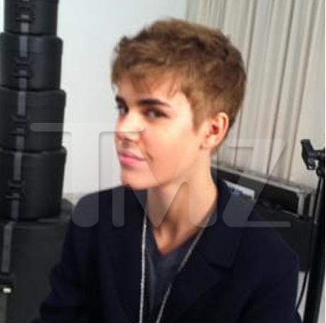 justin bieber pictures new haircut 2011. justin bieber new hair 2011