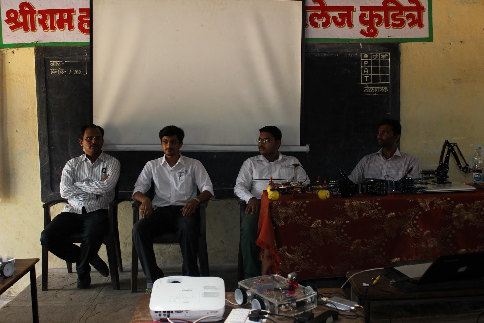 RoboTech Kolhapur Robolab (3).jpg