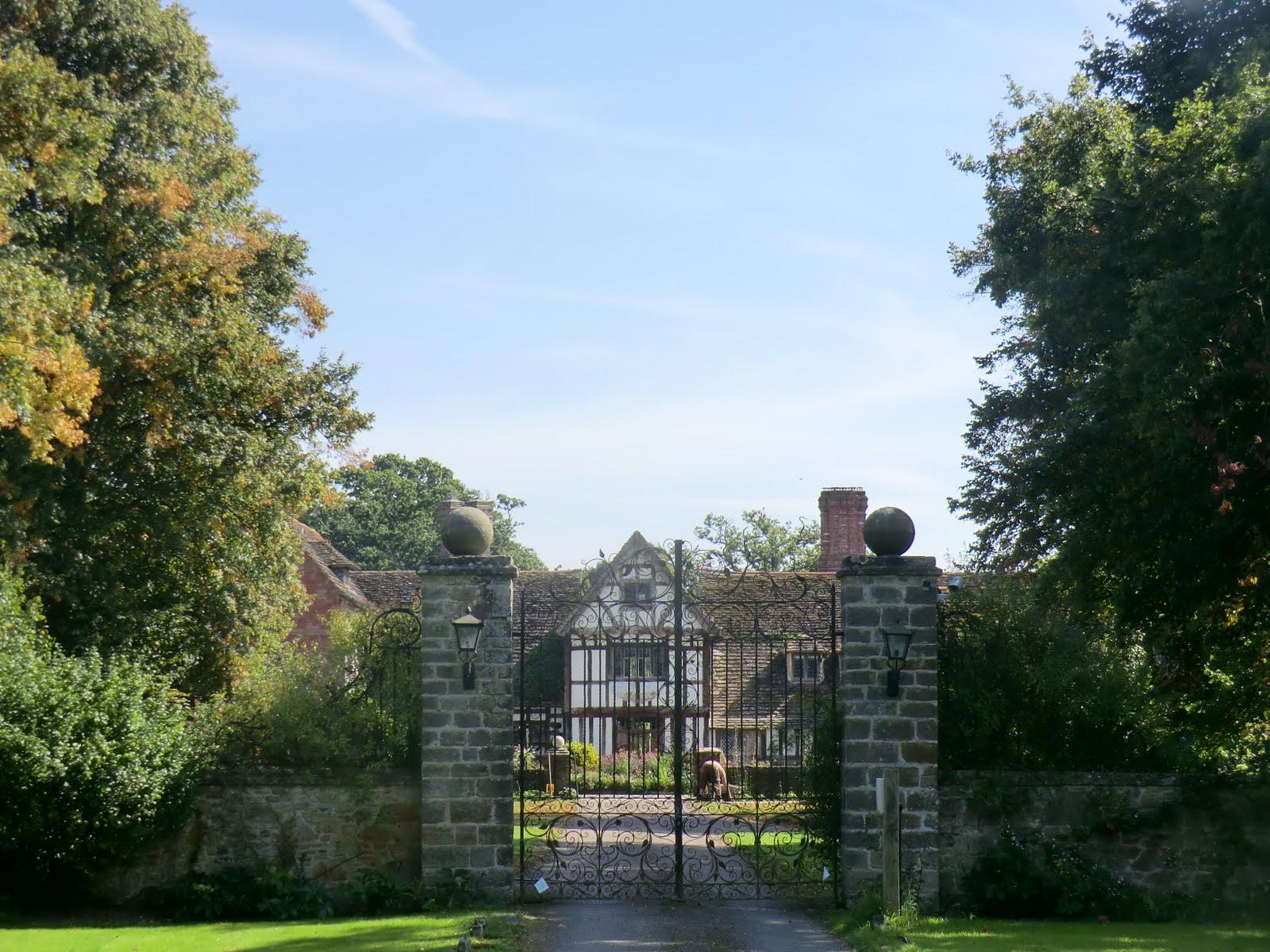 CIMG6489 Broadhurst Manor