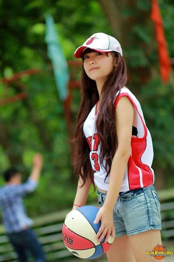 """Miss Bóng Rổ 2013 lộ diện 7 gương mặt """"thiên thần"""" 8"""