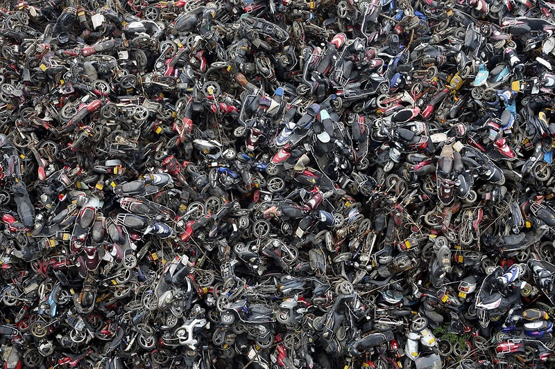 china-pollution-car-scrapyard-9