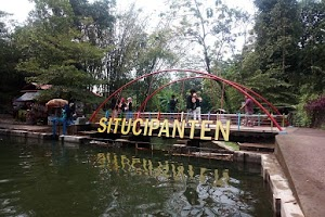 Wahana Wisata Situ Cipanten Tawarkan Keindahan Telaga Biru di Majalengka