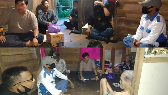 Bersama PPWI, Jayadikarta Besuk Dua Warga Lumpuh di Anjir Pulang Pisau