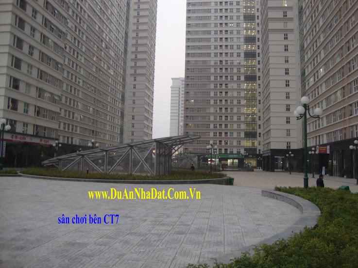 ban công nhìn xuống sân chơi Chung cư Dương NỘi CT7