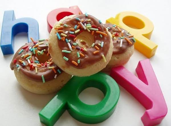 You Can Make Colorful And Delicate Donuts At Home According To The Recipe.