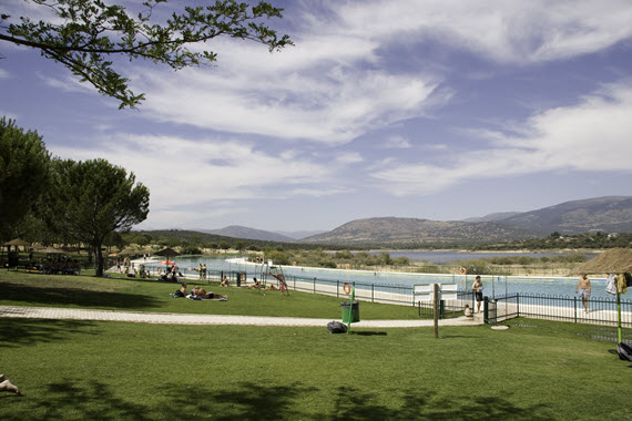 Abren las piscinas de Riosequillo en Buitrago del Lozoya - verano 2016