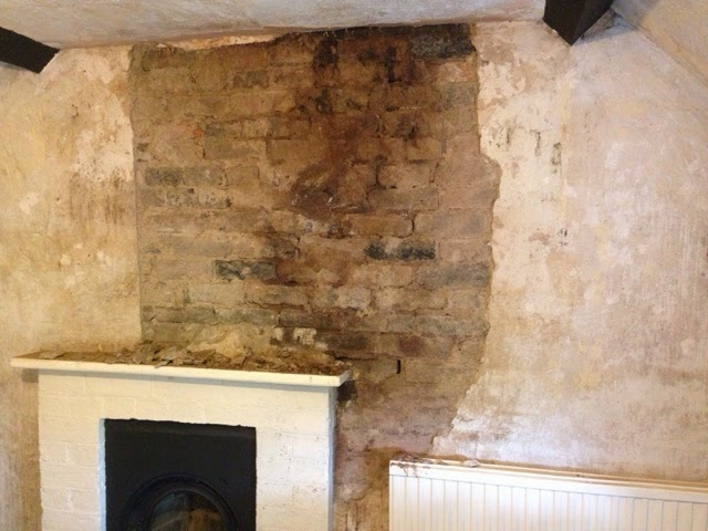 Renovating An Old Stone Cottage Stripping Old Lime Plaster