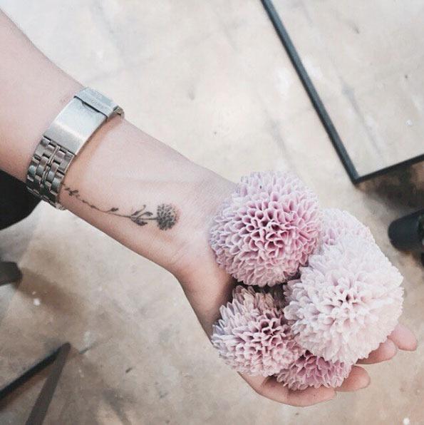 Este floral pulso tat