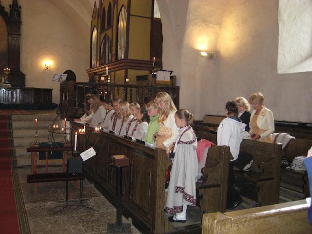 Paikesekiired - foto_bolt_Saarema_Mihkli_kirik_125.jpg