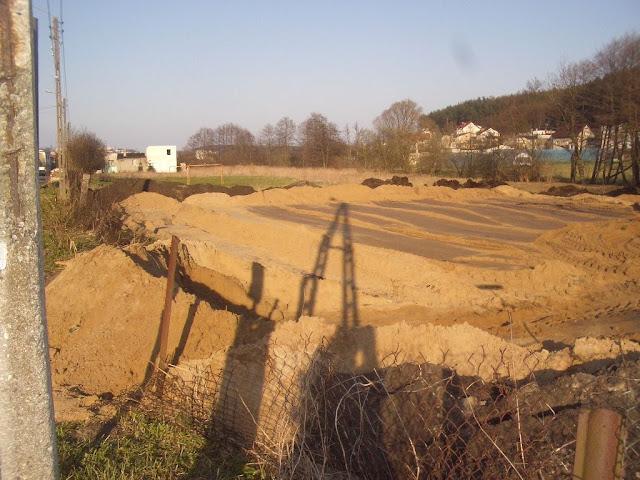 Budowa placu zabaw ul. Wieluńska - IMGP2405.JPG