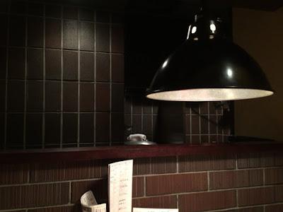 店はレトロな感じできれい! 世田谷区桜新町 焼き鳥 まさや