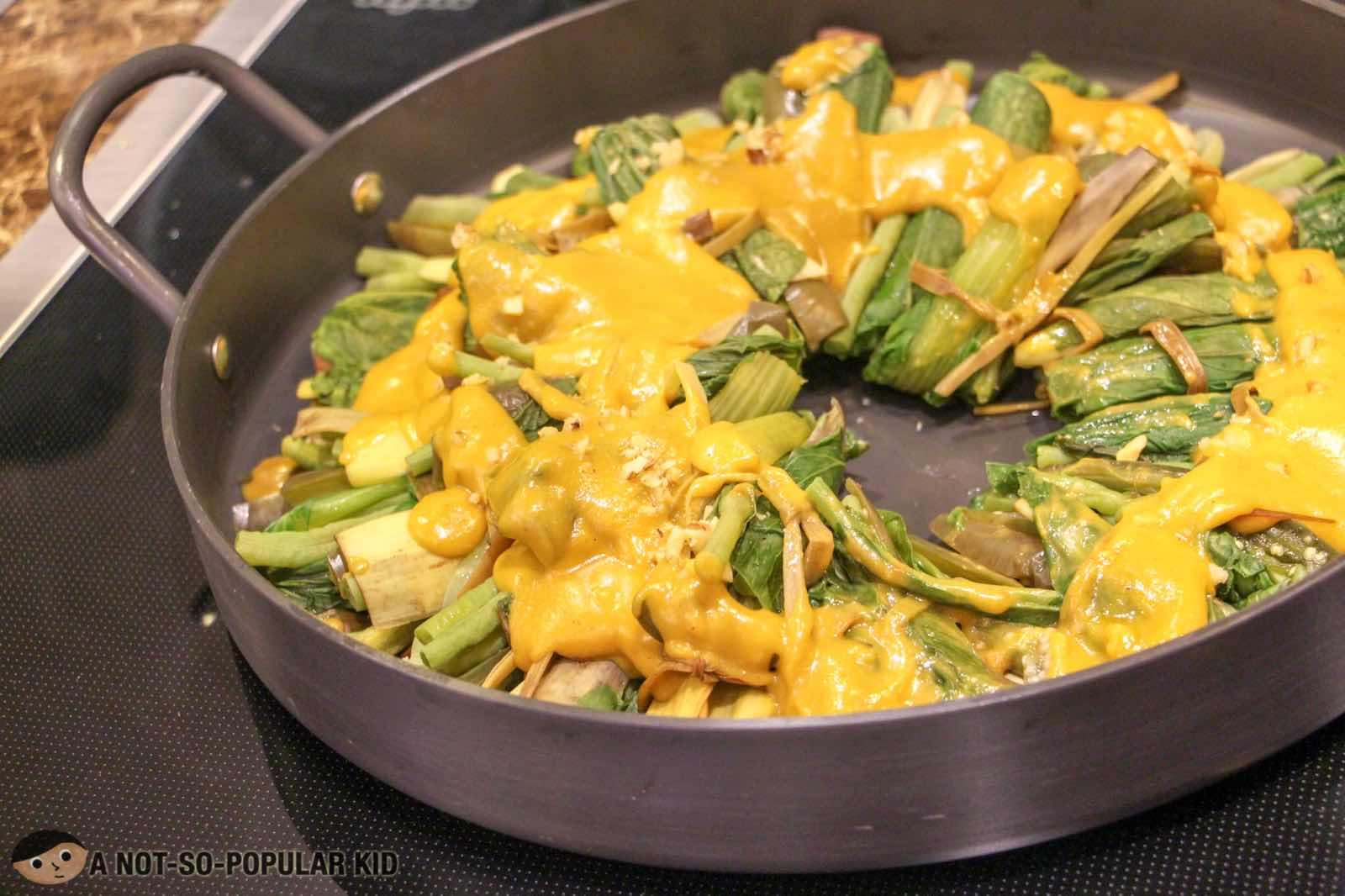 Kare-Kareng Gulay Filipinos Dish