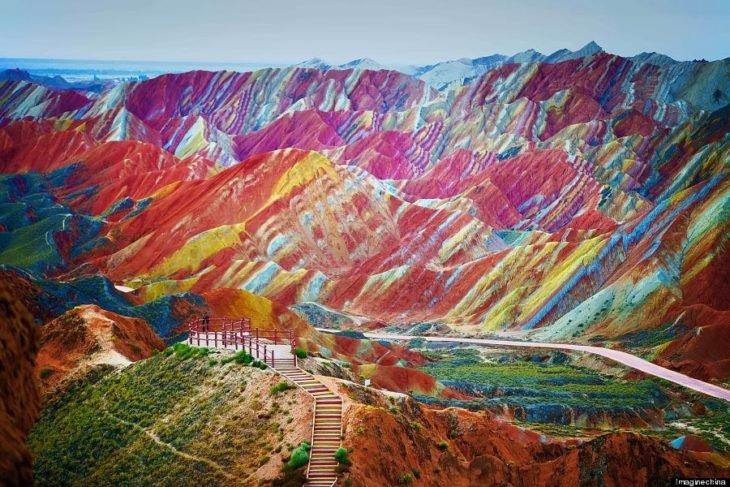 Montanhas arco-íris