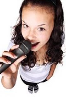 cara membuat suara bagus dalam bernyanyi