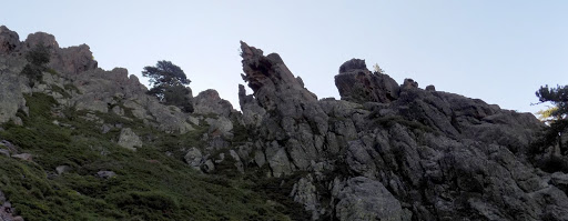 La crête rocheuse en RG du couloir de Bocca a u Purtellu