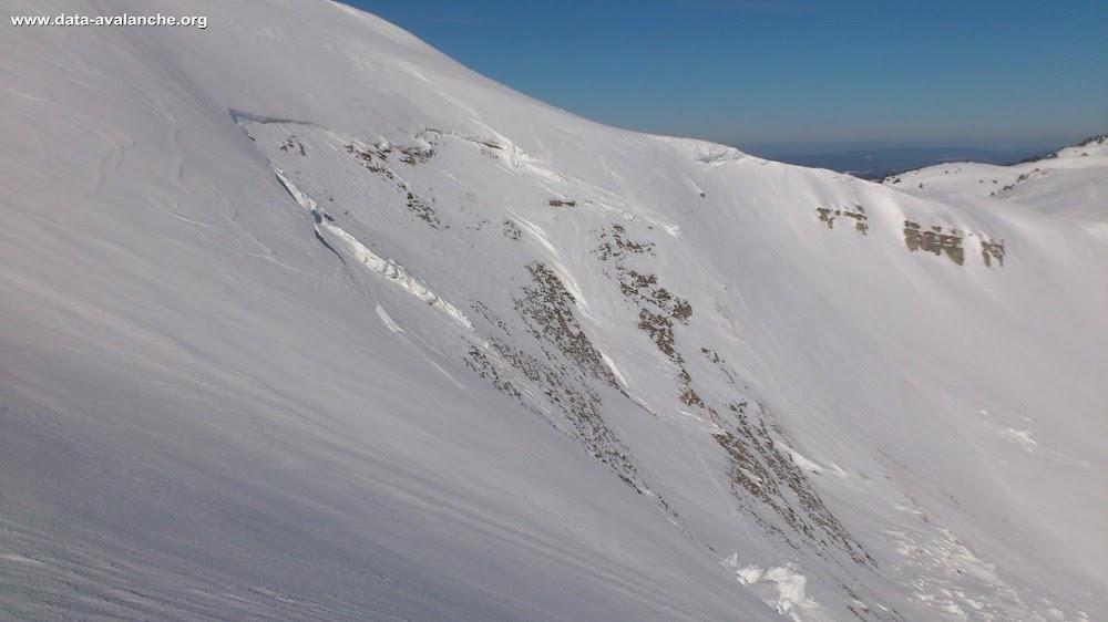 Avalanche Jura, secteur Le Reculet, Combe du chalet de Thoiry devant - Photo 1