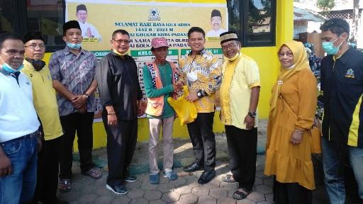 Tetap Jaga Prokes dan Tanpa Kerumunan, Golkar Padang Potong Hewan Qurban