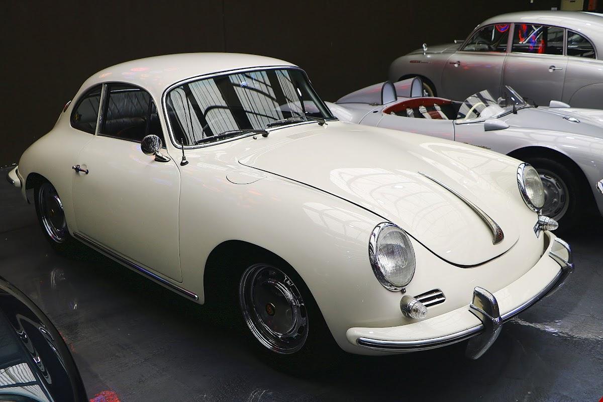 1964 Porsche 356 SC (02).jpg